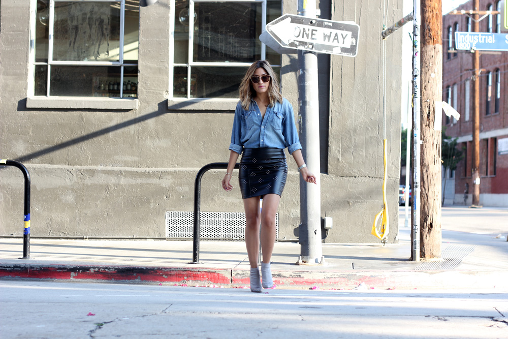 chambray shirt, leather skirt, lucy paris, melrodstyle, streetstyle, ootd, who what wear, refinery 29, stylelist, latina blogger, mexican blogger, la blogger, little mistress uk
