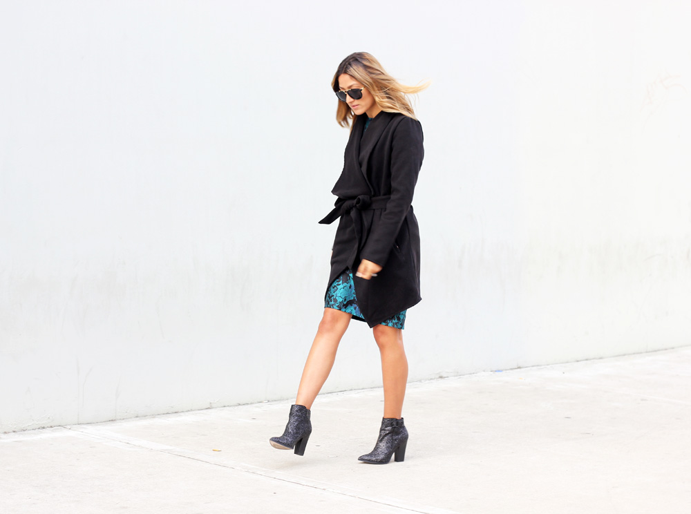 fashion nova, coat, holiday, holiday dress, sequin, glitter, boots, ankle boots, glitter boots, mexican blogger, la blogger, latina blogger, refinery 29, who what wear, stylelist, melrodstyle, street style, ootd