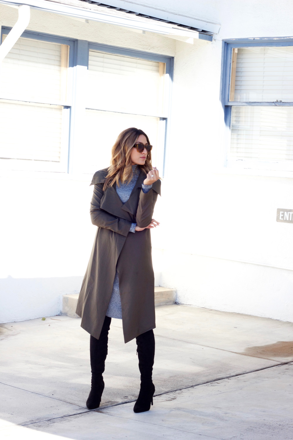 windsor, coat, trench coat, body con dress, knee high boots, ootd, melrodstyle, neutrals, la blogger, refinery 29, who what wear, style list, latina blogger, mexican blogger, bloggers, trending, ,streestyle
