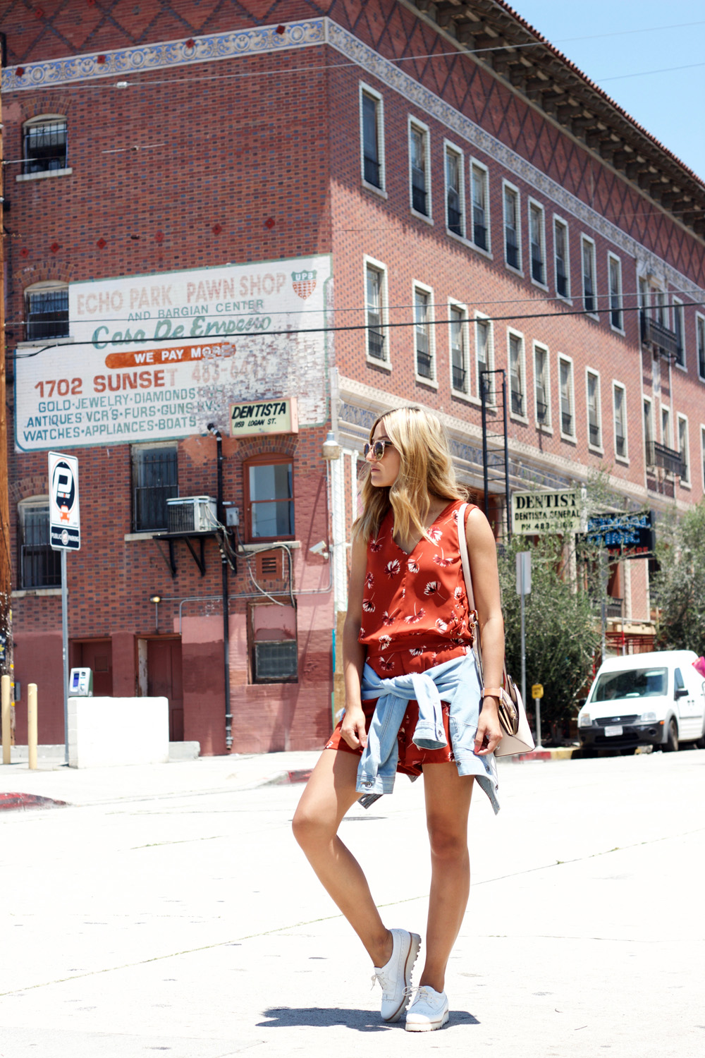 dynamite clothing, romper, floral, summer, melrodstyle, ootd, inspiration, outfit, street style, la blogger, latina blogger, mexican blogger, hispanic blogger, blogger, casual