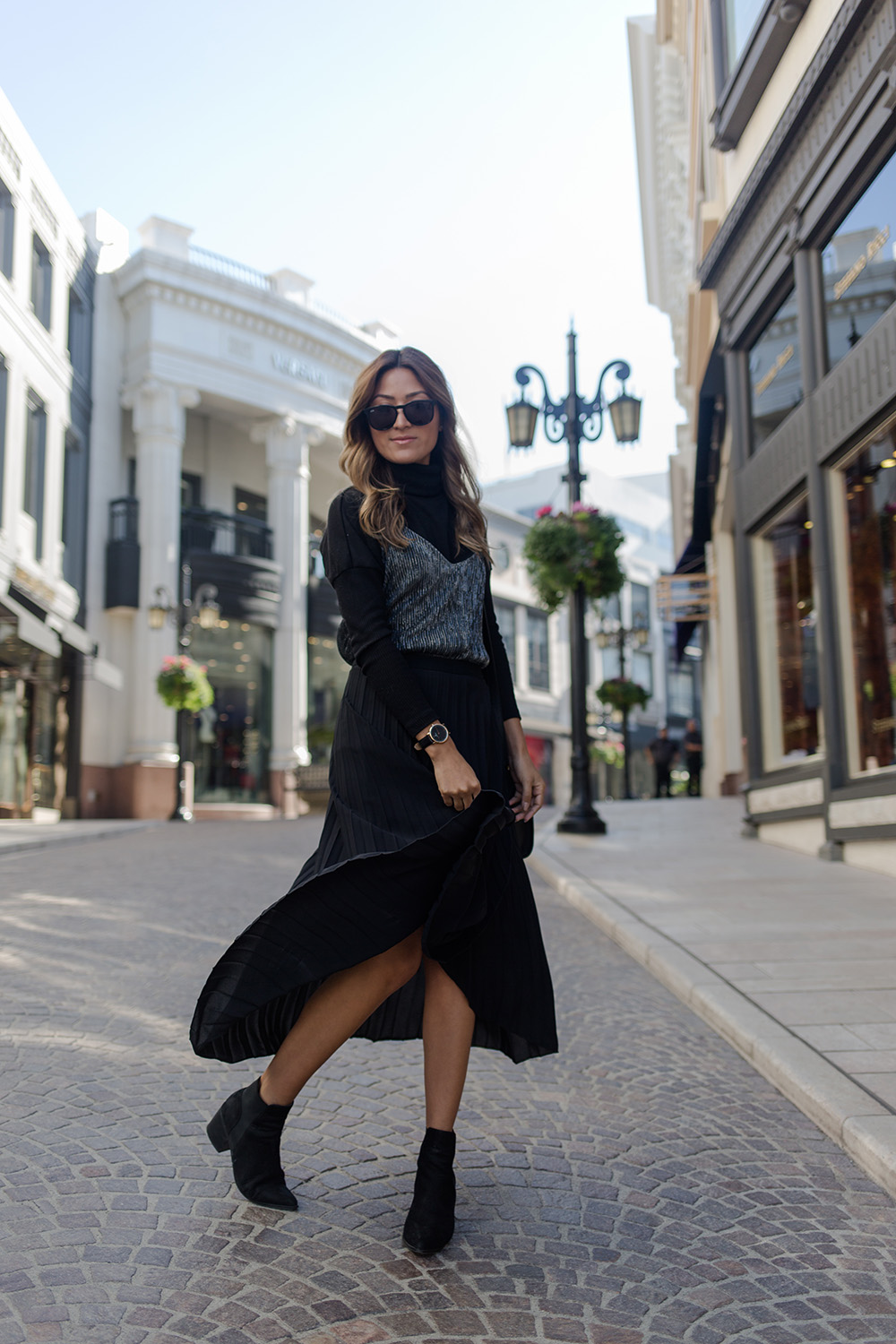 sans souci, tank, skirt chic, melrodstyle, streestyle, ootd, fashion, style, la blogger, latina blogger, hispanic blogger, mexican blogger, beverly hills,