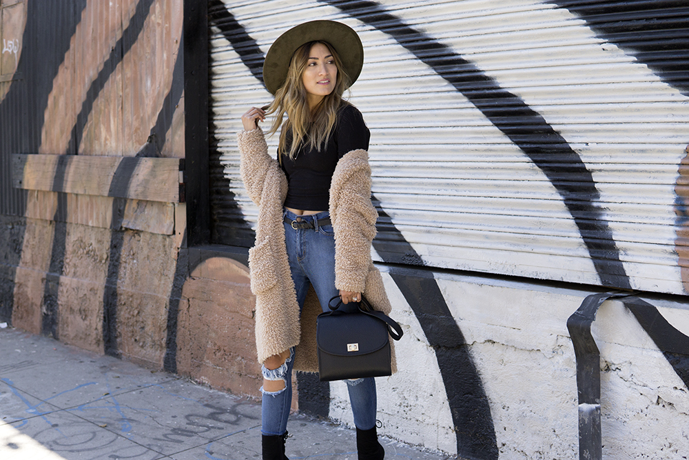 On the Streets with 2020Ave, melrodstyle, ootd, streetstyle, la blogger, latina blogger, hispanic blogger, mexican blogger, outfit, fashion blogger,
