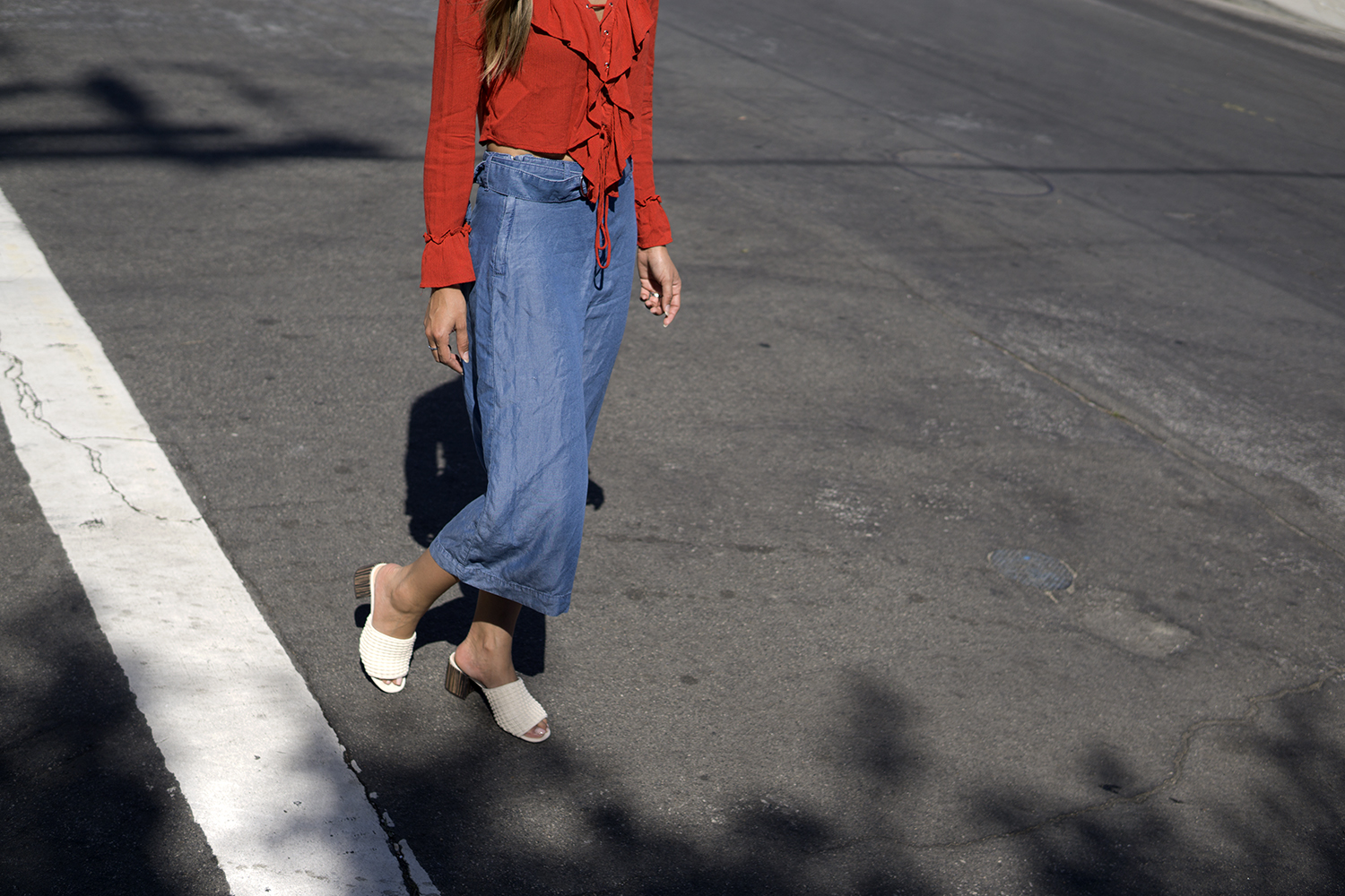 red, who what wear, who what wear collection, mules, ootd, melrodstyle, la blogger, latina blogger, hispanic blogger, mexican blogger, street style, blogger style, inspiration, fashion, trends, style, outfit