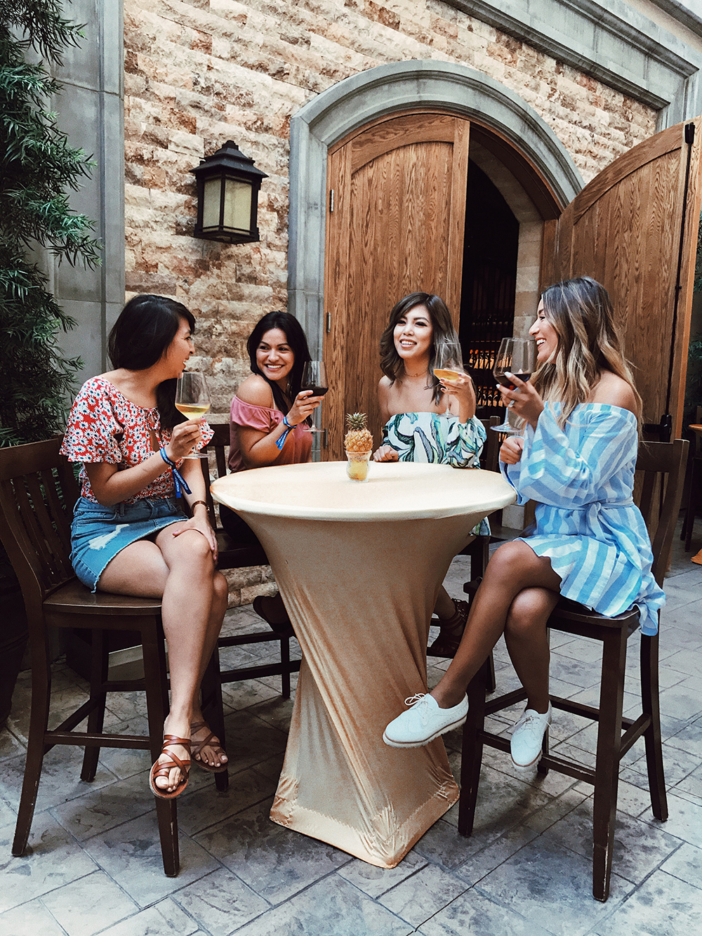 How to Make Friends as an Adult, Friends, friendships, best friends, bff, girlfriends, adult friends, life, lifestyle,  melrodstyle, adulting, la blogger, whittier blogger, latina blogger, hispanic blogger, mexican blogger, inspiration, tips, life tips, friendship tips,