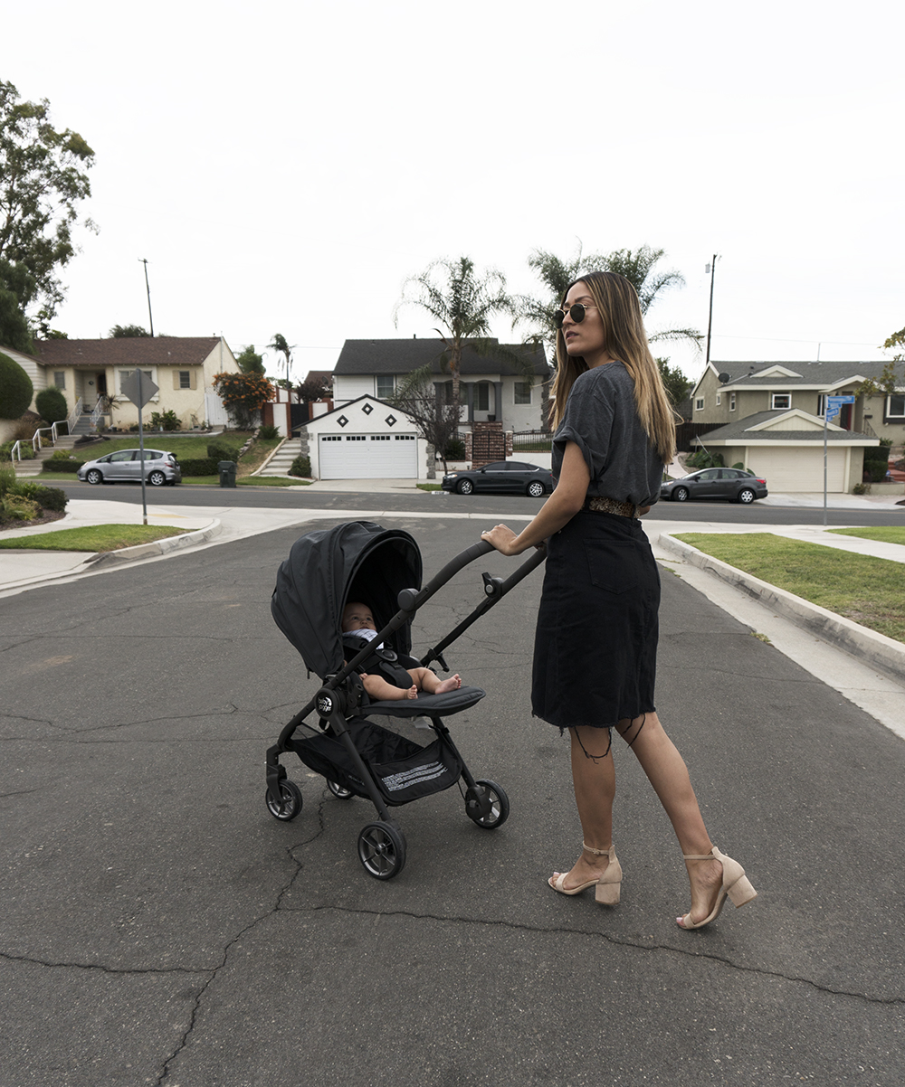 Taking A Stroll With The City Tour Lux Stroller Melrodstyle Com